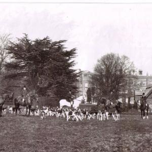 Barton Hall Hounds 1903